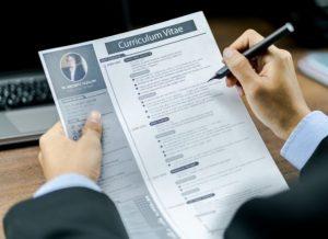 Cara Membuat CV Lamaran Kerja yang Pasti Dilirik HRD